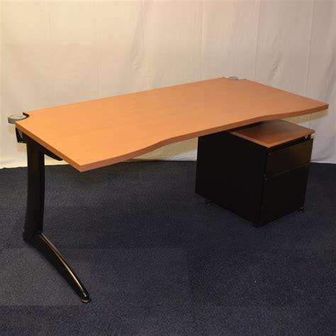 steelcase under light steelcase cherry 1600x800 double wave workstation