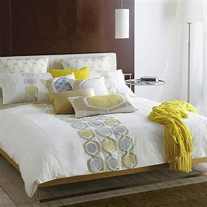 20 inspiring decorating ideas with pillows for Bed pillow decorating ideas