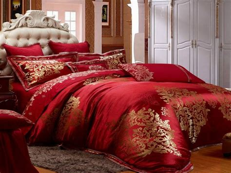 Red And Gold Bedroom, Red Luxury Bedding Collections
