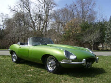 1965 Jaguar E-type (green/green