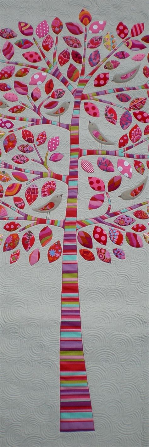 Patchwork Applique by Best 25 Applique Quilts Ideas On Aplique