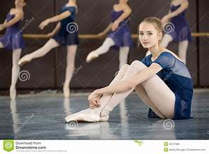 Dance class stock photo image 48721986 for Dance where you sit on the floor