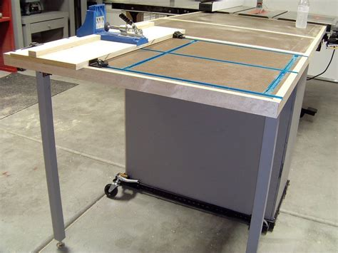 mobile outfeedt trackpocket holeassembly table