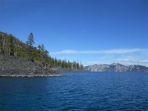 Crater Lake Boat Rental by Quot Pirate Ship Quot Picture Of Crater Lake Volcano Boat