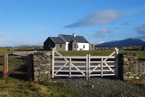 Haus Mieten Irland Am Meer by Quot 180 S Strandhaus Quot Bei Cahersiveen Cottage In Irland