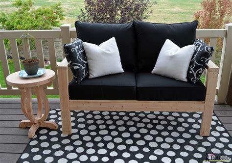 diy outdoor seating  tool belt