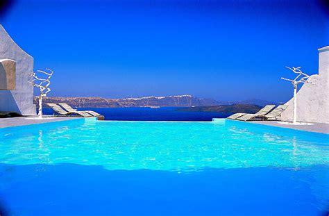 Infinity Pool : Suite Di Lusso & Honeymoon Hotel