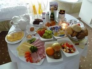 Frühstück Am Bett : fr hst ck ans bett romantik spa alpen herz ladis holidaycheck tirol sterreich ~ A.2002-acura-tl-radio.info Haus und Dekorationen