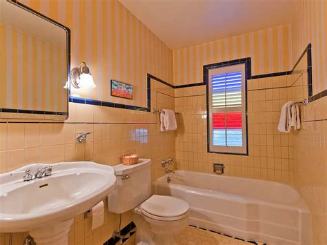 five vintage pastel bathrooms in this lovely 1942 capsule house portland oregon 13