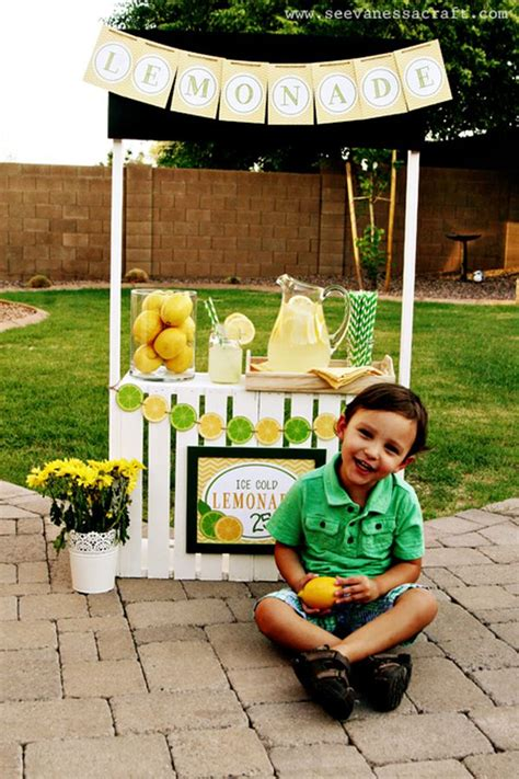 personalized piggy 15 beautiful lemonade stand designs a great symbol of summer