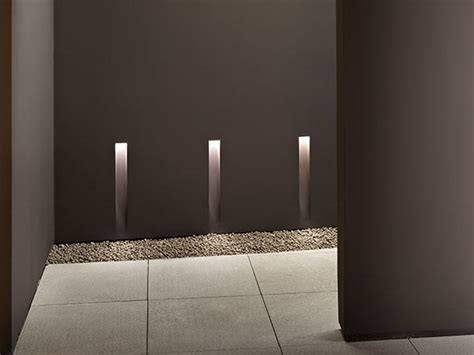 led wall mounted aluminium steplight vertical light small by flos