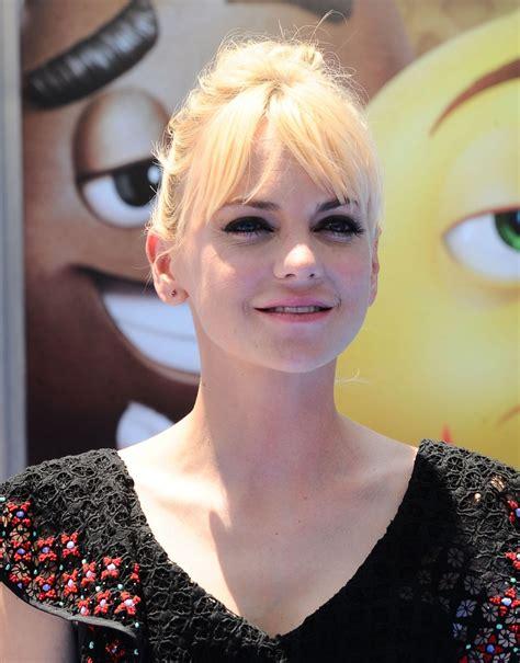 Anna Faris The Emoji Movie Premiere Westwood