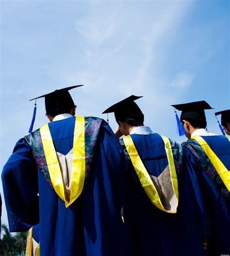 college graduation fees instated  california universities