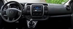 Dimension Opel Vivaro : opel vivaro combi renault trafic le m ga ludospace utilitaire 7 ou 9 places ~ Gottalentnigeria.com Avis de Voitures