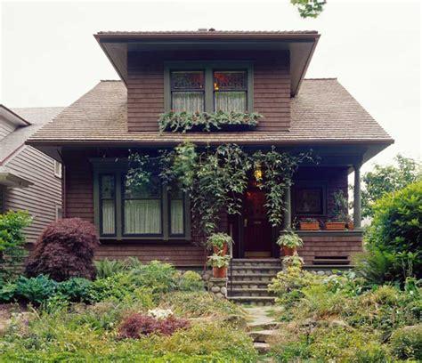 bungalow  eras design   arts crafts house arts crafts homes