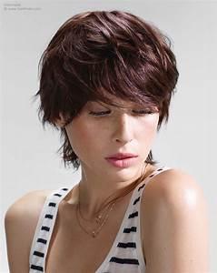 Coupe Longue Femme : coiffure courte avec nuque longue ~ Dallasstarsshop.com Idées de Décoration