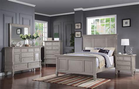 Brimley 4piece Queen Bedroom Set  Grey  Levin Furniture