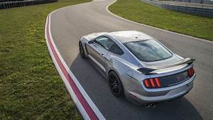 Ford To Discontinue Mustang Shelby GT350