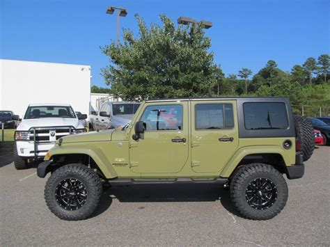 commando green jeep lifted jeep commander 2015 inside wallpaper 1600x1200 13831