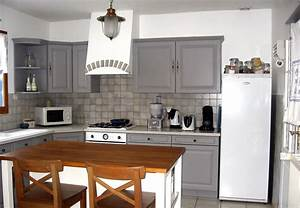 cuisine gris perle With idee deco cuisine avec modele de cuisine repeinte en gris
