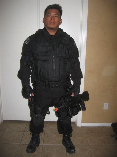 what does siege tom clancy rainbow six counterterrorist unmasked by