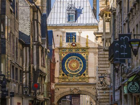 chambres d hotes rouen gros horloge et beffroi normandie tourisme