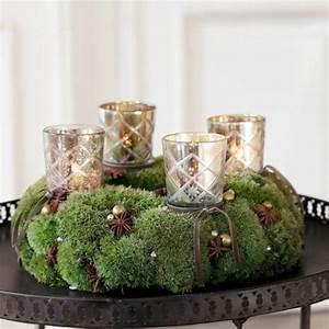Adventskranz Aus Metall Dekorieren : 1001 adventskranz ideen und bilder f r ihre weihnachtsdeko ~ Michelbontemps.com Haus und Dekorationen