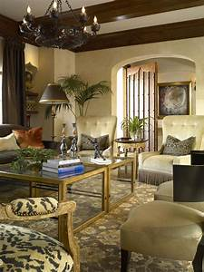 Traditional, Living, Room, With, Tuscan, Hues