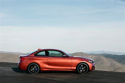 Bmw 2 Series Coupe by Bmw 2 Series Coupe And Convertible Facelift Unveiled