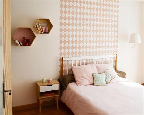 chambre b b papier peint chambre papier peint géométrique losanges tête de lit