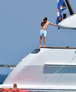 Patrick Schwarzenegger and his girlfriend Taylor Burns ...