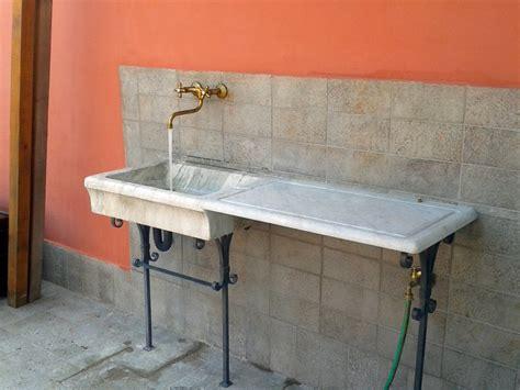 lavandino per terrazzo progetto di installazione di lavandino in marmo antico con