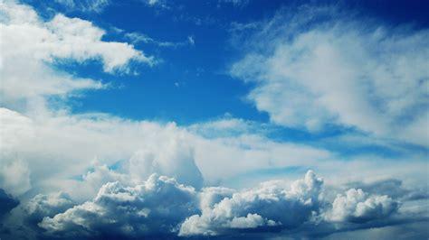 background biru awan  background check