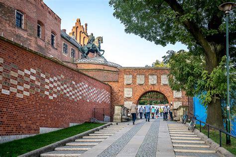 Brama Herbowa - Kraków - atrakcje turystyczne - Tropter.com