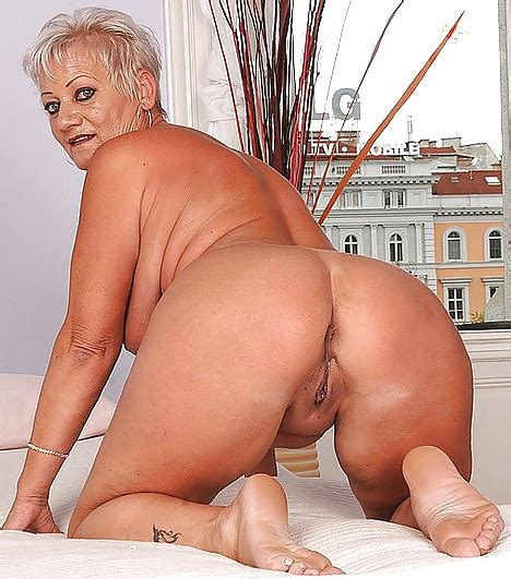 Grey Haired Grannies 99 Pics