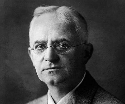 George Eastman Biography - Childhood, Life Achievements ...