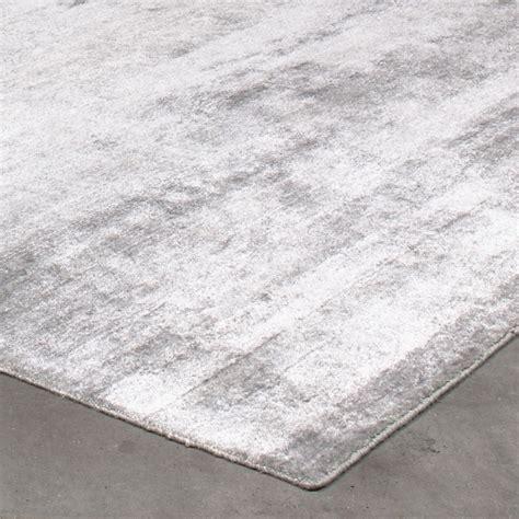 grand tapis silky gris argente par angelo    cm