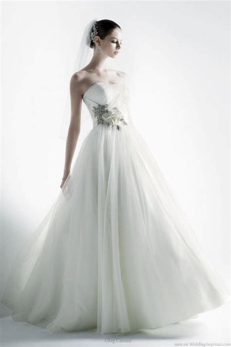 nailyas blog  strapless wedding gown  oleg
