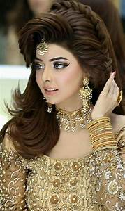 Classy And Easy To Make Walima Hairstyle Ideas For Girls HairzStyle Com : HairzStyle
