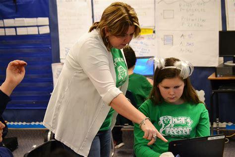 Studentled Coteaching Program At Feeser  Elkhart Community Schools