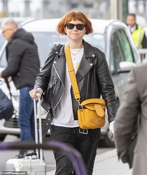 BAFTAs 2020: Renee Zellweger tearful at Jessie Buckley ...