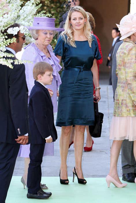 dutch royals attend  wedding  queen beatrixs niece