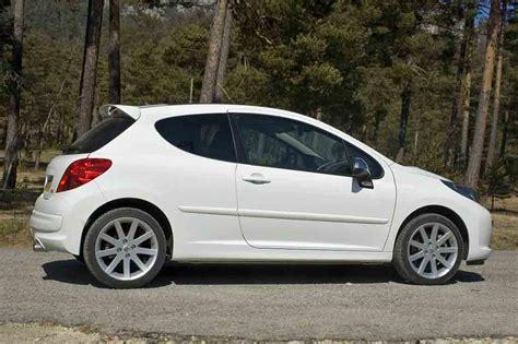 fiche technique peugeot 207 sw 1 6 hdi110 peugeot 207 1 4 hdi mt 68 hp specification review allauto biz