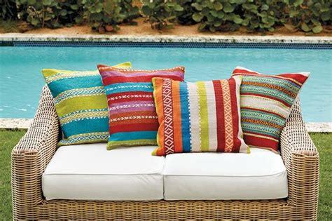 coussin pour canape d exterieur coussin extérieur pour salon de jardin un confort optimal
