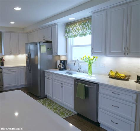 green kitchen accents green with decor pretty white kitchens 1379