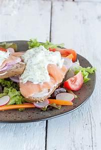 Smoked salmon and cucumber cream cheese sandwich ...
