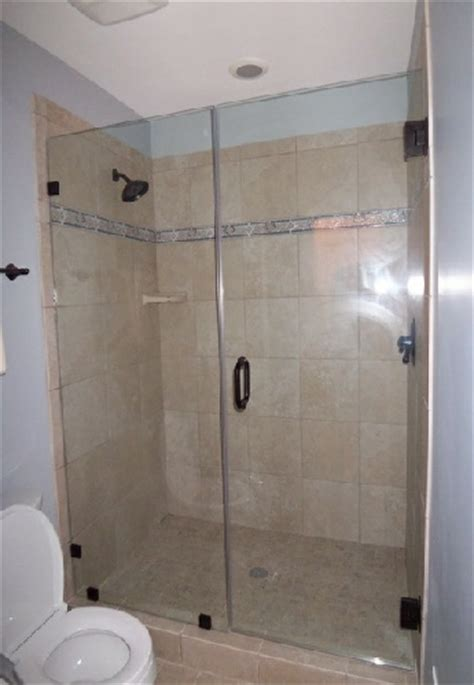 shower door  fixednotched panel
