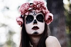 Gruselige Hexe Schminken : diy halloween schminke und kunstblut selber machen ~ Frokenaadalensverden.com Haus und Dekorationen