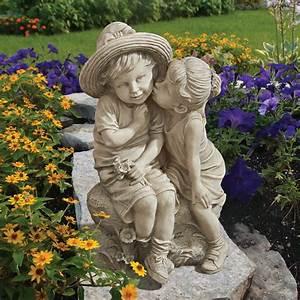 Sweet, Kissing, Garden, Statues