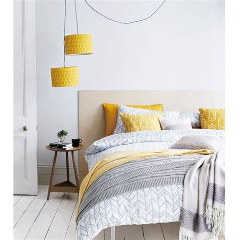 Yellow And Grey Bedroom Decor Ideas by The 25 Best Gray Yellow Bedrooms Ideas On